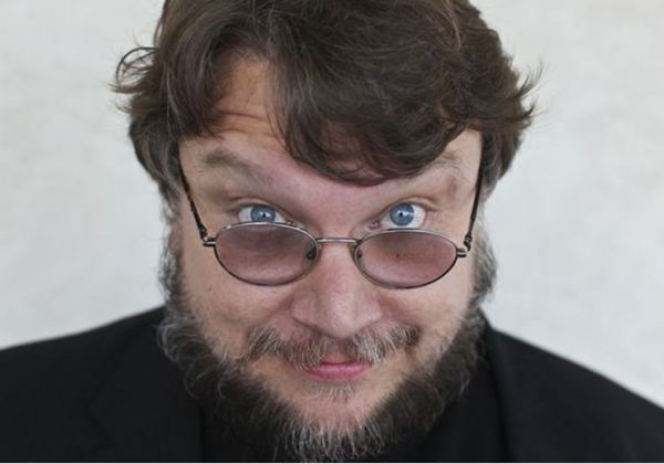 The 53-year old son of father Federico del Toro and mother Guadalupe del Toro, 180 cm tall Guillermo Del Toro in 2018 photo