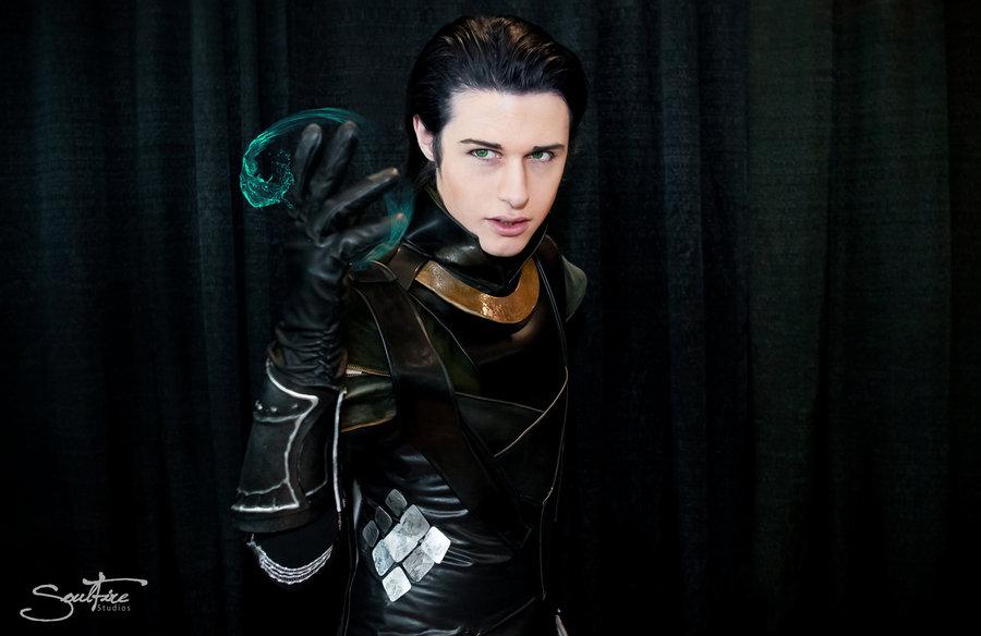 loki_cosplay___sorcerer_prince_by_aicosu-d5irhi8