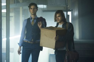 "THE MAGICIANS -- ""Consequences of Advanced Spellcasting"" Episode 103 -- Pictured: (l-r) Hale Appleman as Eliot, Jason Ralph as Quentin -- (Photo by: Carole Segal/Syfy)"